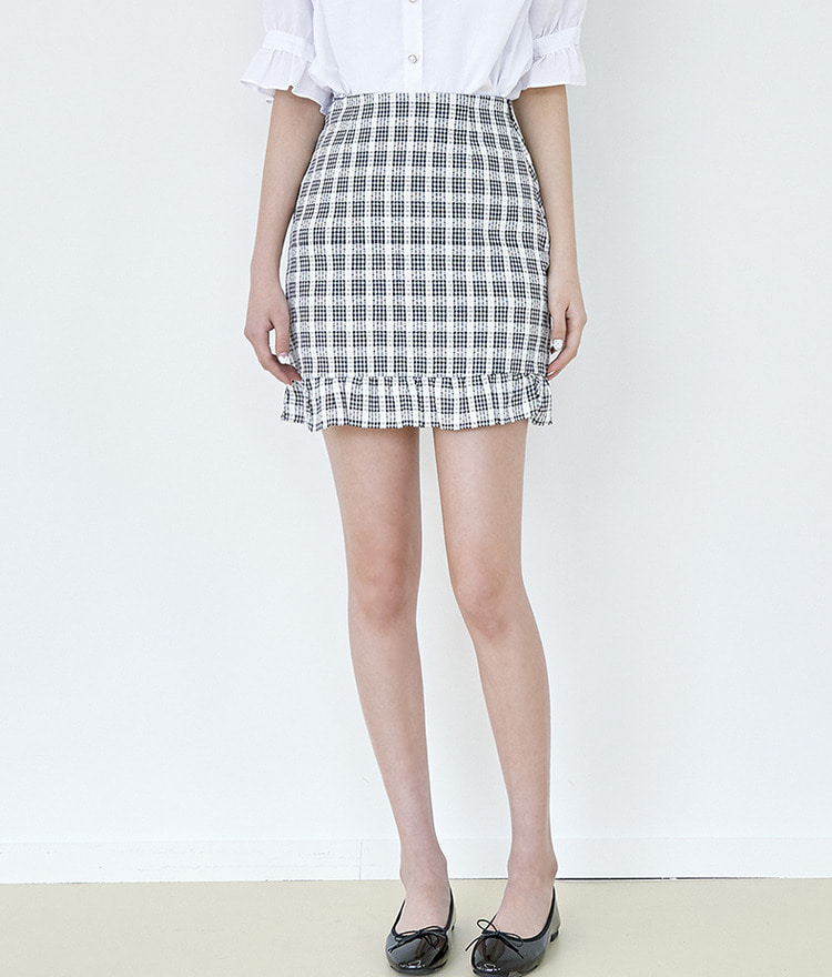 ROMANTIC MUSELace Mini Check Skirt