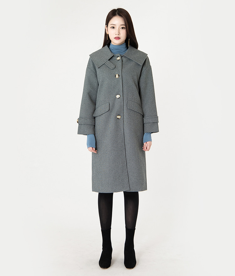 ROMANTIC MUSEStrapped Cuff Button-Front Coat