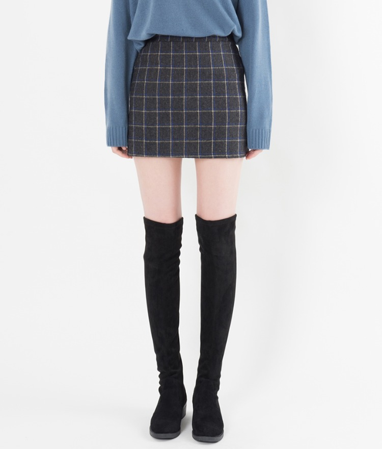 Straight Cut Check Mini Skirt