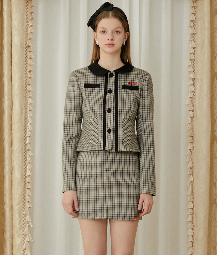 HEART CLUBBeige Club Collar Jacket